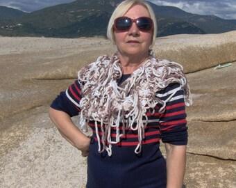 Gradient scarf soft ECRU, beige