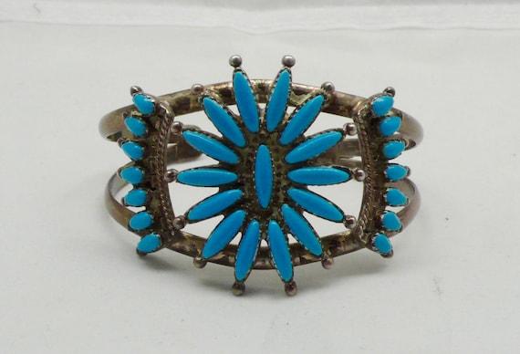 Vintage Zuni Native American Turquoise & Sterling Silver Cuff Bracelet