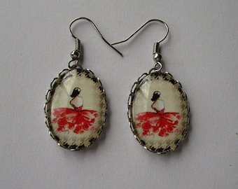 Earrings vintage, dancer