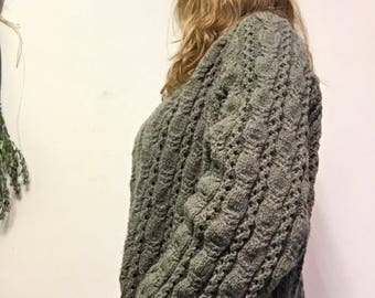 Cardigan cable knit