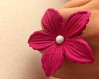 White heart felt fuchsia flower ring