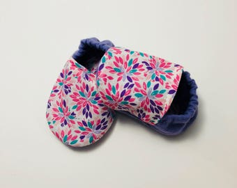 Floral Baby Booties | Baby shower Gift | Girl baby shoes | Baby Shoes