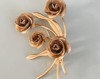 Vintage bouquet of flowers brooch