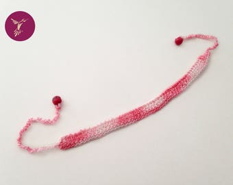 Pink veined Choker
