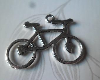 x 2 bike metal pendants/charm Silver 3.1 x 2.9 cm