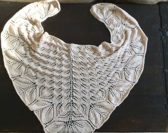 Shoulder shawl scarf / warmer