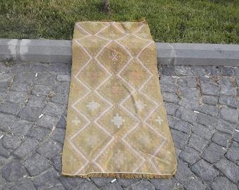 vintage kilim rug,brocaded kilim rug,woven kilim rug,wool kilim carpet,turkish kilim rug,FREE SHIPPING