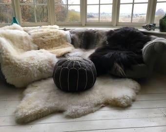 Extra large ivory / white sheepskin rug  (size 140-150 X 90 -100 cm) XL