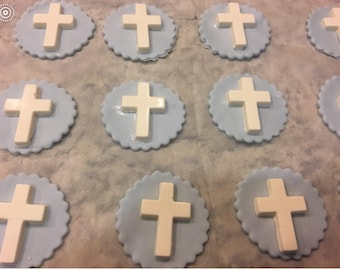 Cross cupcake toppers.Crucifix cupcake toppers.Baptism cupcake toppers.First communion cupcake.Religous cupcakes.Wedding cupcakes.