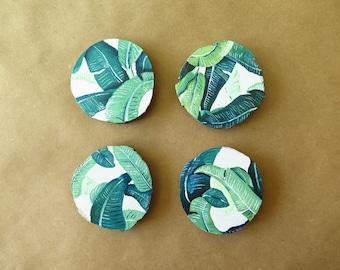 "Wood Fridge Magnets, Leaf/Plant Patterns (4 Count / 2"")"
