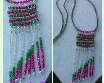 Handcrafted necklace with America style fringes.
