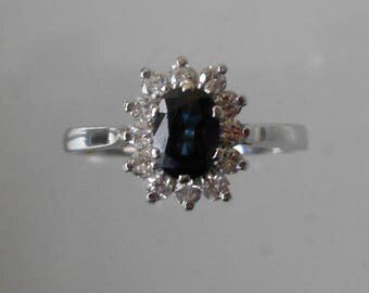 RING gold Sapphire and diamonds set in white gold