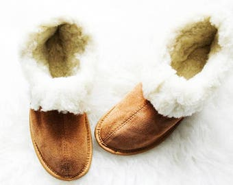 Womens Slippers, Shoe Slippers, Leather Slippers, White Slippers, House Shoes, Fur Slippers, Gift for Her, House Slippers, Handmade Slippers