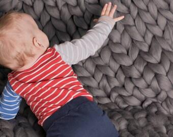 giant knit blanket etsy. Black Bedroom Furniture Sets. Home Design Ideas