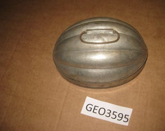 Tin Oval Shaped Mold    [geo3595bt]