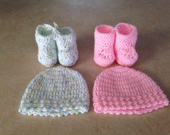 Baby socks and hat set