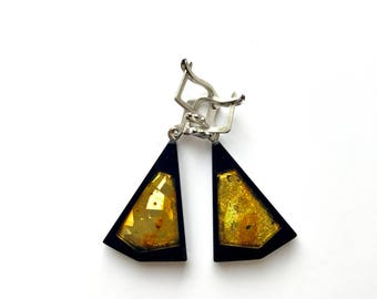 Earrings of Amber and Gagat