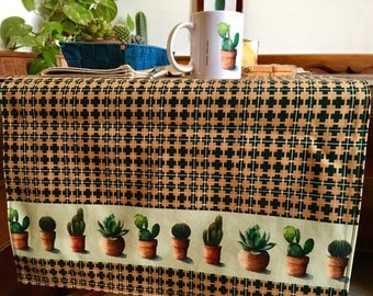 Table RUNNER Watercolor Print, tablecloth and two napkins, watercolor print succulent plants
