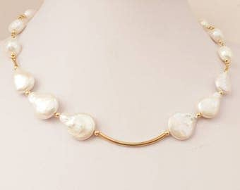 Pearls and Gold-filled elements Necklace