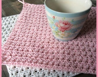 Crocheted cloth for many purposes usable