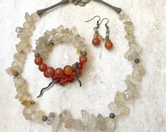 Bracelet made of carnelian, citrine and bronze