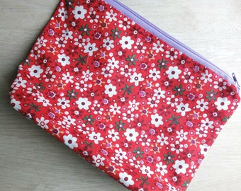 Red Pochette with Flowers
