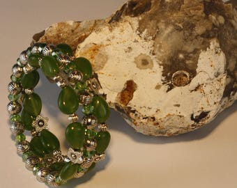 Green jade and silver beads bracelet