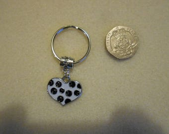 Black & White Heart Keyring