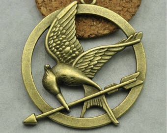 5 Mocking Jay Charms / Pendant Antique Bronze Tone CP54