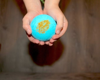 Organic/ Kids Bath Bombs Trio/ With A Prize Inside/ With Therapeutic Grade Essential Oils/ All Natural/ Perfect Gift