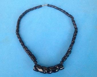 Vintage! Graduated black plastic bead single strand necklace - vintage.