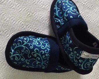 Women's slippers made of cotton and fleece