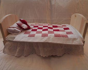 Red Gingham and Eyelet Bedding Set
