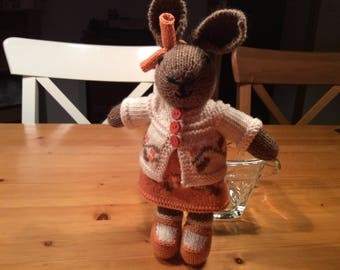 Rabbit handknitted wool