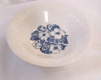 Vintage. Wild Rose bowl USA. Ceramic.