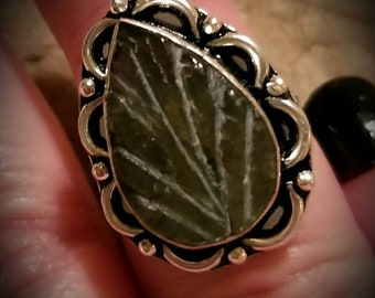 Sterling Silver Labradorite Leaf Ring Size 7