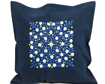 Cushion 50 x 50 CM Navy Blue floral embroidered by hand in South America