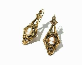 Cameo Earring c.1850