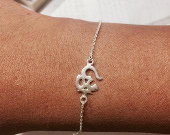 om bracelet, sterling silver filled,ohm Buddha yoga charm bracelet,silver om charm on silver chain,bracelet yoga jewelry,adjustable bracelet
