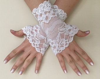 Ivory Wedding gloves  Ivory french lace gloves bridal Gloves Ivory Lace Gloves fingerless gloves Elastic lace gloves