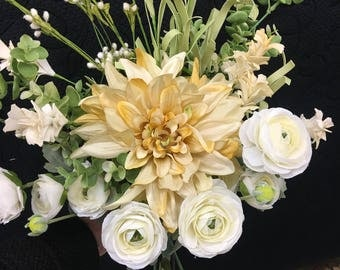 Pretty in yellow Bridal Bouquet