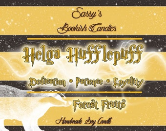 Helga Hufflepuff-Forest fruits-Bookish candle