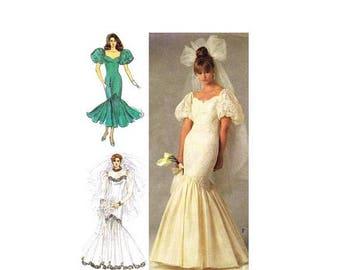 SALE Brides and Bridesmaid Mermaid Wedding Dresses Simplicity 8425 Vintage Sewing Pattern Size 14 Bust 36 UNCUT