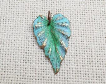 Vintaj Woodland Leaf pendant