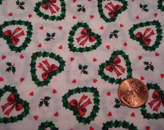 Quarter yard VINTAGE fabric tiny heart wreaths DOLL SEWING quilting Blythe tiny print