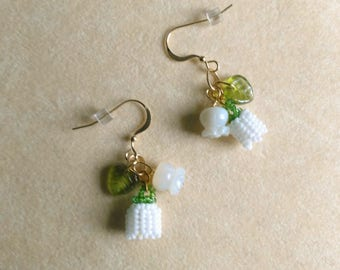 Beadwoven Lily of the Valley Earrings, Mother of Pearl, Bridal Wedding, Anniversary, Sterling Silver- White Lily Earrings  by enchantedbeads