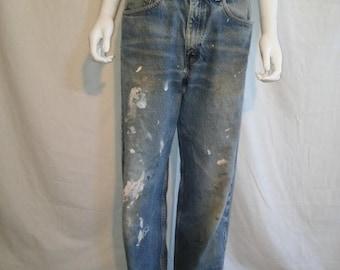 SALE 25% off SALE Levis 550 Jeans - 90s Levis waist W 33