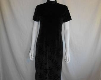 Closing Shop 40%off SALE 90s velvet roses black high mock neck long dress