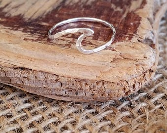 Silver Wave Ring, Dainty Wave Ring, Wave Rings for Women, Dainty Ring, Wave Ring Silver, Hawaii Wave Ring,Nalu Ring,Hawaii Ring,Gift for Her