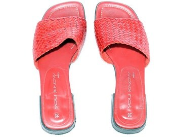 90s Red Mules Woven Leather Wide Fit Slip On Made In Italy Sandals Braided Mules Summer Open Toe Low Stable Heel Us 7 , Eur 37.5 , Uk 4.5